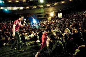 Poetry Slam als erstes Date date unternehmen tipps abends im winter bei regen