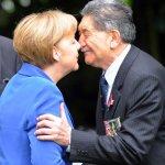 Was wir gemeinsam mit Frau Merkel über den Nasenkuss lernen können