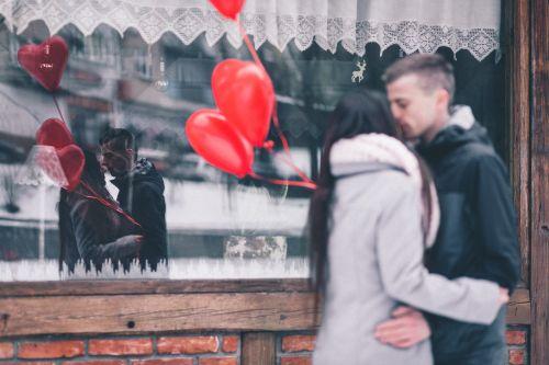 Cuffing Season romantische Überraschung was ist Liebe ist er der Richtige