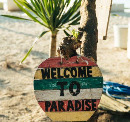 Flitterwochen alleine reisen Urlaubsflirt Urlaub alleine