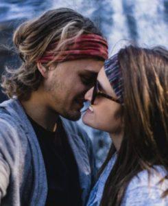 Kuss mit Zunge