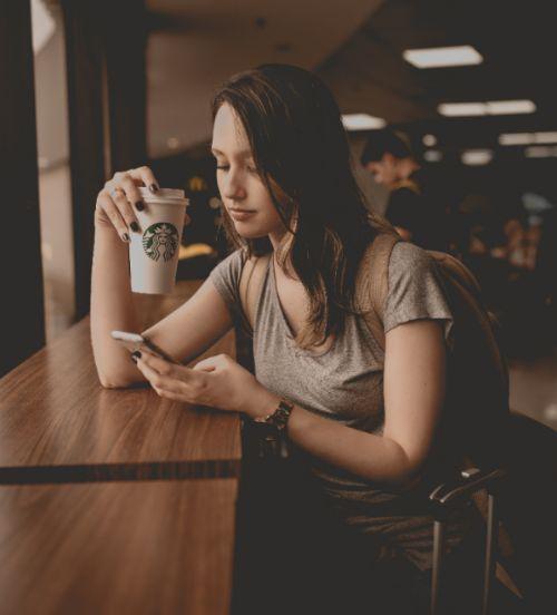 Dating App Smiley Bedeutung SoulMe Liebestest OKcupid Singlebörse Finya Partnersuche online Freundin finden im Internet nach dem ersten Date Finya Jappy sie schreibt nicht zurück miteinander chatten versetzt werden flirten und chatten kurze Sprüche