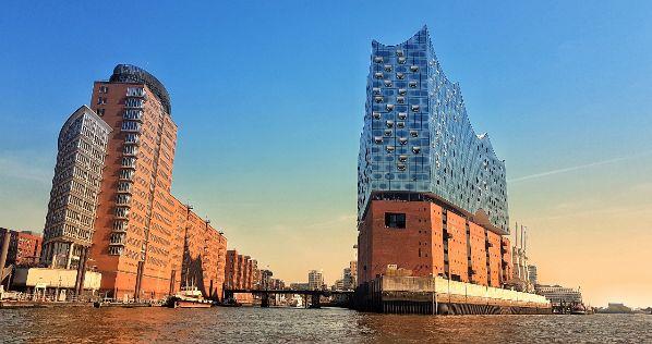 Die schönsten Date Ideen für das erste Treffen im Hamburg um sich kennenzulernen