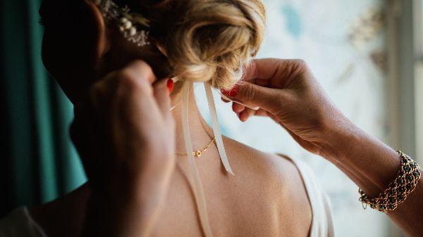Kosten bei der Hochzeit Hochzeitssprüche Hochzeitsgeschenke heiraten in Hochzeitstag