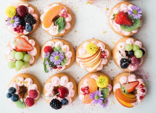 Candy Bar Geschenke zu Ostern Hochzeitstorte selber machen