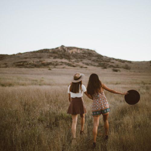 Bekanntschaften Freundinnen Freundeskreis aufbauen