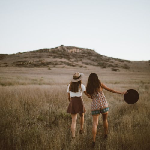 Freundinnen Freundeskreis aufbauen