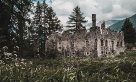 Hobbys für Männer wie Lost Places erkunden