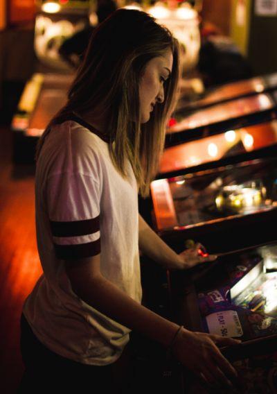 In einem Casino beim Glücksspiel den Jackpot knacken