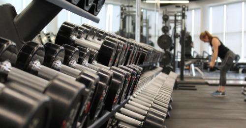 Muskelaufbau als Man durch passendes Training
