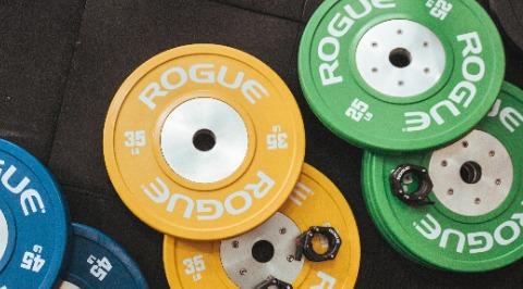 Muskelaufbau und Fitness betreiben als Mann