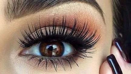 Blickkontakt deuten – So wirst du zum Profi und kannst jeden Blickkontakt einer Frau deuten!