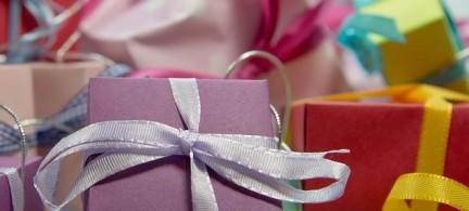 Romantische Geschenke für die Freundin – So zauberst du ihr ein Lächeln ins Gesicht