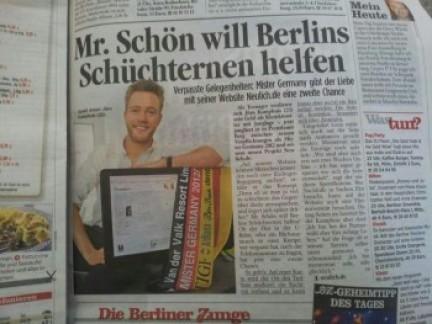 Deutschlands schönster Mann empfielt Flirtuniversity Produkte