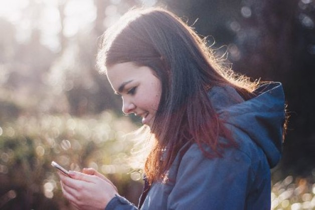 Wie schreibe ich die perfekte Liebes-SMS? So eroberst du ihr Herz im Sturm