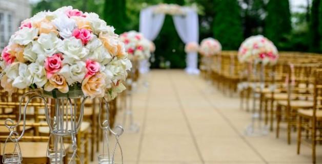 Themenwoche Hochzeit: Kosten bei der Hochzeit sparen – Eine Übersicht für die Planung