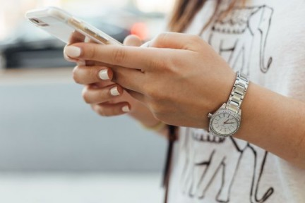 Das kleine 1×1 für deinen Flirt-Chat: Endlich erfolg beim Schreiben!