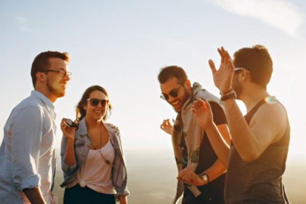 Falsche Freunde erkennen und sich von ihnen lösen