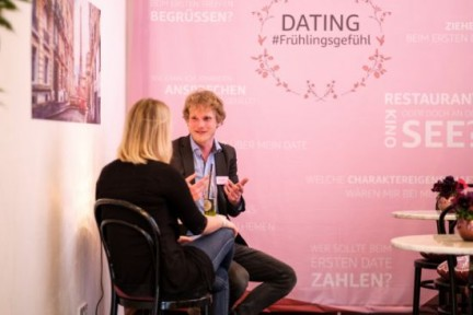 "Dating Corner beim Amazon Event ""Spring Fever"""