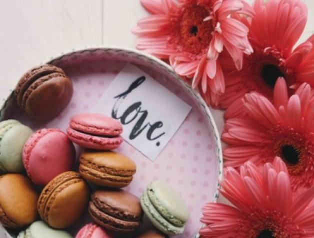 Süße Sprüche für Verliebte über das schönste Glücksgefühl