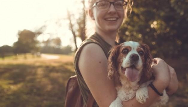 Der Hund als Flirtfaktor – Beim Gassi gehen die große Liebe treffen