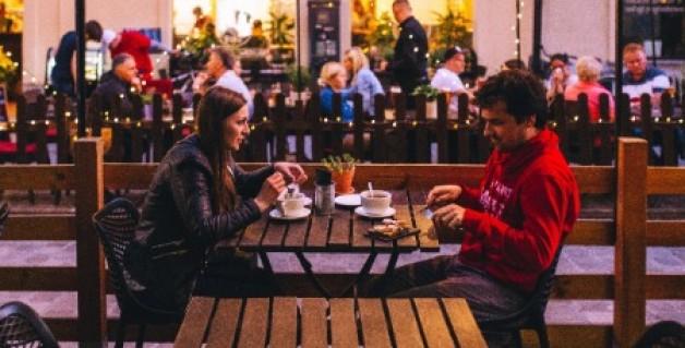 Wie verhalte ich mich beim ersten Date? Eine kleine Anleitung