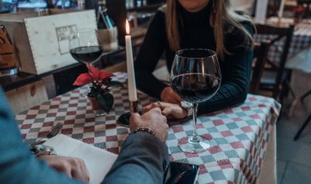 Über was spricht man beim ersten Date, wenn man sich noch nicht kennt?