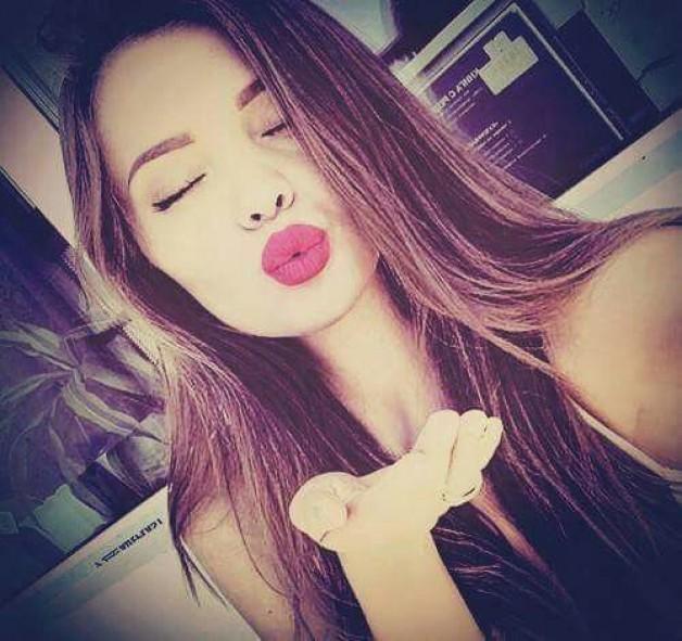 Sag's mit Zunge und knutsch dich durchs Leben: Unser geballtes Kuss-Wissen für dich.